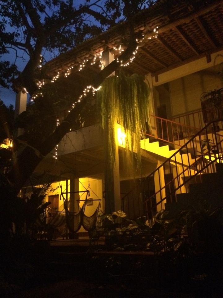 La Mariposa by night